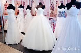 Правильный образ для невесты как первостепенно важная задача свадебных салонов.