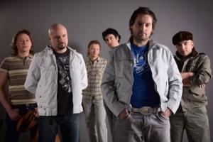 Белорусская популярная группа организовала караоке конкурс