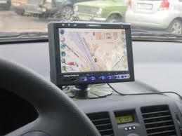 Автомобильные навигаторы помогут отыскать дорогу
