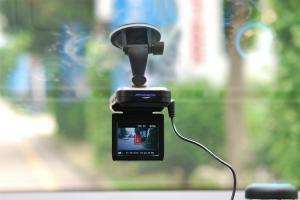 Зачем устанавливать в авто видеорегистратор?