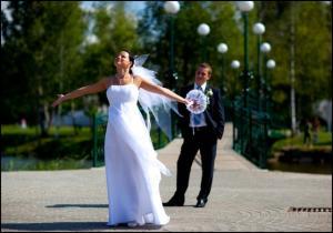 Как найти профессионального свадебного фотографа???